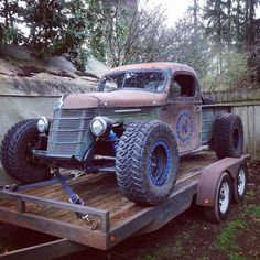 This custom 1937 International truck was built by Northrup Fabricators in Washington. They call it a Trophy Rat because of its patina body and serious offroad underpinnings. The truck rides on a cu…