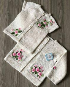 @motifbank @motifbank 👈 . . Bilgi ve sipariş için 👉 @serayorguu @serayorguu . . . #bebekyelegi#hobi#pinterest #alıntı #excerpts… Baby Sweater Patterns, Baby Cardigan Knitting Pattern, Knitted Baby Cardigan, Knit Baby Sweaters, Baby Knitting Patterns, Baby Patterns, Crochet Patterns, Diy Crafts Knitting, Easy Knitting