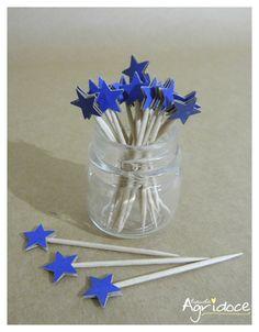 Kit com 20 toppers de estrelas azul escuro.  Valor do kit: 13,00. R$ 13,00