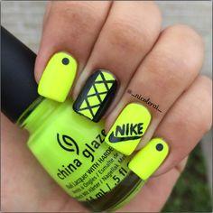 Neon green and black Nike Nail Art Glow Nails, Glitter Gel Nails, Cute Acrylic Nails, Acrylic Nail Designs, Fun Nails, Neon Nail Art, Cute Nail Art, Nail Art Diy, Nike Nails