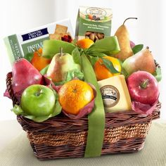 Orchard favorite fruits including two varieties of pears, two varieties of apples, oranges and mandarins, and a fruit in season. A delicious natural cheddar cheese. Premium roasted and salted almonds Fruit Basket Delight with Cheese and Nuts