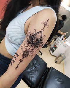 Gangster Tattoo, Tattoo Feminina, Tattoos, Artists, Art, Irezumi, Tattoo, Tattoo Illustration, A Tattoo