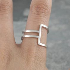 Sterling Silver Ring - Ring for Women - 925 Silver Ring - Modern Ring - Wire Ring - Simple Ring, Thin Ring, Minimalist Ring, Geometric Ring Silver Bracelets, Sterling Silver Necklaces, Gold Jewelry, Silver Earrings, Tiffany Jewelry, Onyx Necklace, Silver Pendants, Gothic Jewelry, Charm Bracelets