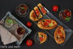 Pide mit Mangold-Tomaten-Füllung | Hefe und mehr