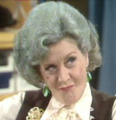 Mollie Sugden in Up Captain Peacock British Sitcoms, British Comedy, Mollie Sugden, John Chapman, Wives Of Henry Viii, Are You Being Served, Bbc Tv, Comedy Tv, Lady And Gentlemen