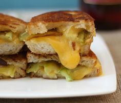Garlicky Anaheim Pepper Grilled Cheese - A savory sandwich made with roasted Anaheim Peppers, gooey American cheese with garlic artisan bread.  #SundaySupper #GalloFamily