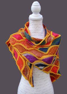 Dieses Dreieckstuch fehlt Dir noch in Deiner Sammlung. Die verkürzten Reihen und das Farbmuster machen das Tuch zu etwas ganz Besonderem. Probiers aus.