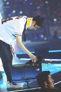 OH SEHUN - Do you miss me Vivi so much? (cr.Butterfly412__) | Twitter