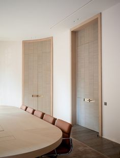 New Hotel Door Design Arches Ideas Home Office, Double Doors Interior, Interior Doors, Hotel Door, Workplace Design, Room Doors, Hospitality Design, Commercial Interiors, Office Interiors