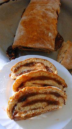 kelesztes-nelkuli-lekvaros-kalacsom French Toast, Muffin, Pork, Food And Drink, Meat, Breakfast, Ethnic Recipes, Kale Stir Fry, Morning Coffee