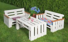 Pallet Furniture, Outdoor Furniture Sets, Outside Decorations, Outdoor Chairs, Outdoor Decor, Wood Design, Diy And Crafts, Pergola, New Homes