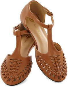 f5fc9f19409 Fudge from the Fair Flat in Caramel on shopstyle.com Accessoires Tendance