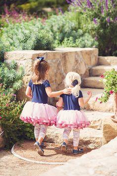 cute tutu flower girls | Sun & Sparrow Photography