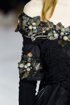 ENHANCE U FASHION DETAIL Marc Jacobs | New York Fashion Week | Fall 2016 Runway Designers