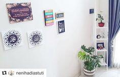 Thank you mbak @nenihadiastuti  seneng deh liat si monmon hijau mencerahkan rumah mbak dan keluarga  stylingnya makin oke pula dengan keranjang garis-garis  . . #Repost @nenihadiastuti  Rumahku syurgaku  #walldecor #homedecor #rumahimpian #rumahnindhira #ruangtamu #livingroom #rumahminimalia #likeforlike #like4like #uploadkompakan