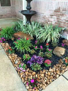 31 Wonderful Spring Garden Ideas For Front Yard And Backyard. If you are looking for Spring Garden Ideas For Front Yard And Backyard, You come to the right place. Here are the Spring Garden Ideas For. Small Front Yard Landscaping, Front Yard Design, Fence Design, Front Yard Plants, Front Yard Gardens, Landscaping Around House, House Gardens, Mini Gardens, Stone Flower Beds
