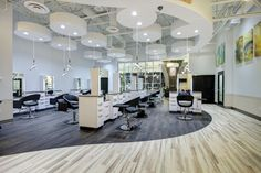 AT FIRST GLANCE, the interior of Ginger Bay Salon and Spa in Town and Country, Missouri, simply reads gorgeous.
