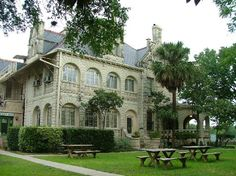 Terrell Castle Bed and Breakfast Inn in San Antonio, Tx. I love this place!