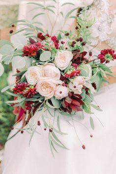 Fall Wedding Arches, Fall Wedding Flowers, Fall Wedding Decorations, Floral Wedding, Ranunculus Wedding Bouquet, Cascading Wedding Bouquets, Bridal Bouquets, Wedding Blog, Wedding Ideas