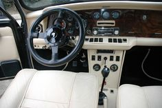 Margrave, Interior Trim, Classic Mini, Vintage Cars, Minis, Car Seats, Wood, Interiors, Woodwind Instrument