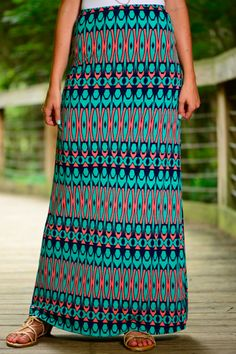 This maxi skirt has got us in a daze! The vibrant colors look so amazing together and we love the print! Pair this comfy piece with a simple top and look amazing!