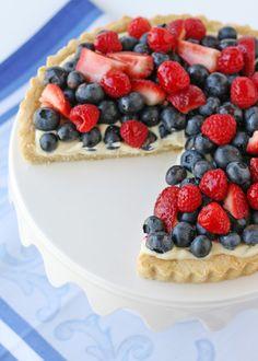 Summer Berry Tart - glorioustreats.com, lots of 4th treats