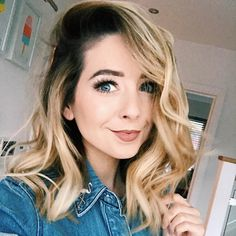 """645.8k Likes, 3,050 Comments - Zoella (@zoella) on Instagram: """"HELLO MONDAY! New week, new start! Make it a good one """""""