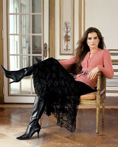 Liliane Ferrarezi for Bloomingdales Fall Winter 2005 Skirts With Boots, Dress With Boots, Dress Shoes, Shoes Heels, Elegantes Outfit, Sexy Boots, Black Boots, High Heel Boots, Ladies Dress Design