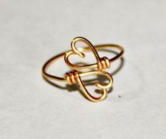 Gold Wire Love Ring Adjustable Band Dainty Ring by FabulousWire Handmade Rings, Handmade Jewelry, Diy Jewelry, Handmade Wire, Wire Jewelry Rings, Heart Jewelry, Gold Jewellery, Thin Gold Rings, Copper Rings