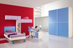 Complete bedroom and dynamic to ensure safety and serenity to your children. http://www.spar.it/sp/it/arredamento/proposta-web-19.3sp?cts=camerette_web