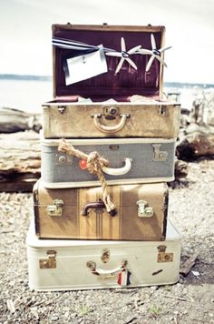 love me some old luggage