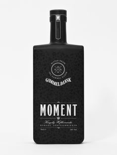 Moment - Gammel Dansk by Nicki van Roon, via Behance