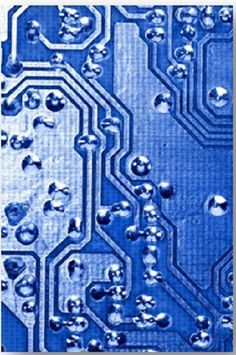 Super PCB supplies single layer, double layer and multi-layer PCBs at very competitive prices. PCB Prototype, Production, Rigid PCB and Flex PCB. Up to 30 layers.