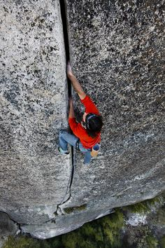 Ron Kauk high up on a Yosemite crack climb (Patagonia)