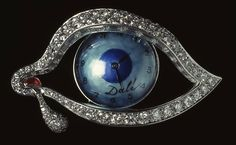 "The exhibition 'Jewels Artist: From Modernism to Vanguard', opened at the Museum of Art of Catalonia, in Spain, shows works by masters of art made ​​with precious stones. Above, 'Eye of Time, ""by Salvador Dali (1949)"