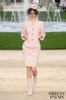 Chanel – 72 photos - the complete collection