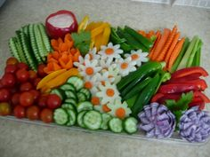 What a lovely way to present vegetables-Perfect centerpiece. There's  more veggie arrangements too #VegetablePlates #Veggies @Appetizer ...