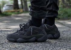 """a08471bd418192 addicted shoes.cl on Instagram  """"¡¡Mañana es el día!! El Yeezy 500 Utility  Black . Este es el 3 color de la  yeezy500 que saldrá ala venta mañana 🕓  ¿Tu que ..."""