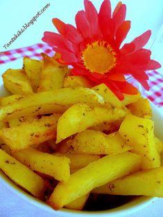 Πατάτες τηγανιτές φούρνου με καπνιστή πάπρικα | Tante Kiki Pineapple, Banana, Fruit, Food, Pinecone, Meal, Pine Apple, The Fruit, Eten
