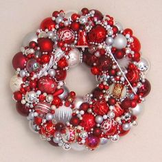 RED, white, silver wreath