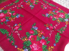 Vintage russian scarf Floral Shawl Ukrainian Romanian Wool