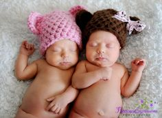 These cute little crochet teddy bear hats are the perfect hats for your newborn photos! They are made from a soft acrylic chunky yarn and are the perfect size for your sweet little newborns :) Bow not