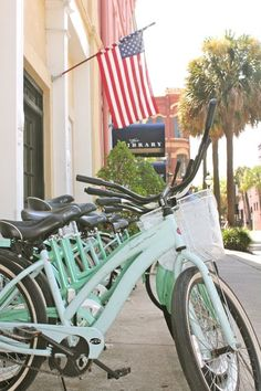 Walked past this hotel this weekend actually! Love this photo. Charleston, South Carolina