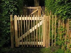 Engels hek, mooie afscheiding tuin en water