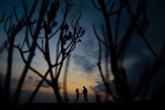 pre casamento; pré casamento; precisamente; pre wedding; prewedding; noivos; casamento; wedding; bride; groom; noiva; noivo; fotos; sessão casal; sessão fotográfica casal; campo; fotos no campo; fotos na serra; fotos no verde;