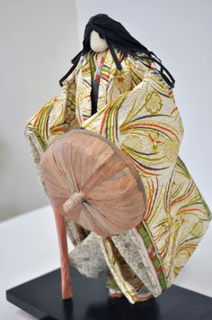 Doll of the Japanese paper