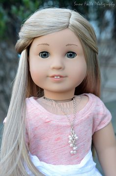 Custom Ivy mold with Isabelle wig American Girl Bedrooms, Custom American Girl Dolls, American Girl Doll Pictures, American Girl Diy, American Girl Clothes, Custom Dolls, Girl Doll Clothes, Doll Wigs, Doll Hair