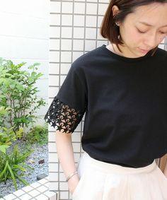 ottilie(オティーリエ)の「★レースTシャツ(Tシャツ/カットソー)」|ブラック