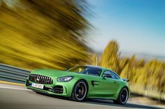 "New Mercedes-AMG GT R is Pure ""Green Hell"" http://www.automotiveaddicts.com/62270/new-mercedes-amg-gt-r-is-pure-green-hell"
