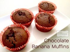 Chocolate choc chip banana muffins : The Organised Housewife : Ideas for organising and Cleaning your home Banana Bread Recipes, Cake Recipes, Lunch Box Recipes, Lunchbox Ideas, Freezable Meals, Chocolate Banana Muffins, Organised Housewife, Sweet Treats, Yummy Food